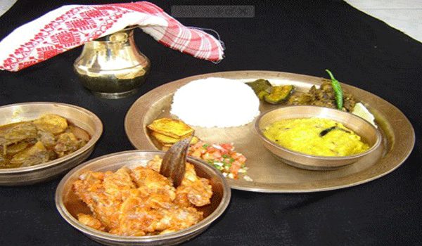 Delightful assamese veg dinner gam 39 s delicacy cleartrip for Assamese cuisine in bangalore