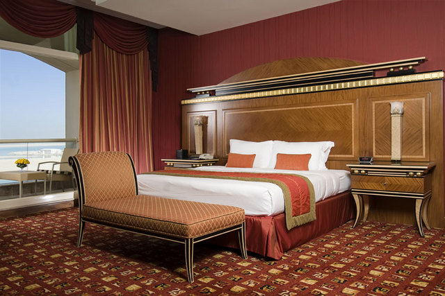Royal_Suite_Master_Bed_Room