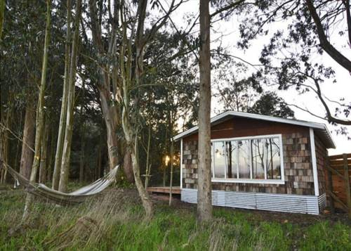 RedAwning Mid Century Beach House @ Oyster Beach, Eureka. Use Coupon ...