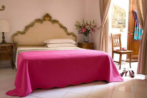 Villa La Terrazza, Sorrento. Use Coupon Code HOTELS & Get 10% OFF.