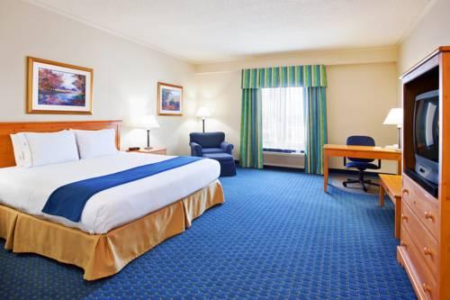 Holiday Inn Express Breezewood Breezewood Reviews Photos Room Rates
