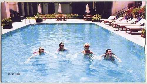 Pool_F_1