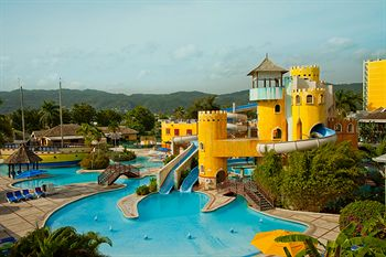 Sunset Beach Resort Spa And Waterpark All Inclusive Montego