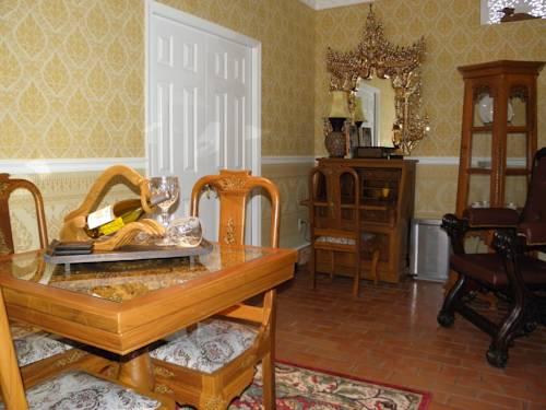 dover garden suites. 23164161 Dover Garden Suites