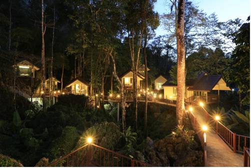 Tree House Resort Intended Hotel Information Rock And Tree House Resort Ban Sok Reviews Photos Room Rates