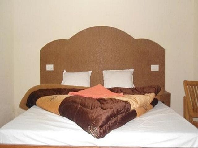 hotel-phoenix-manali-hotel-phoenix-super-dlx-room-3_jpg-manali-115120769591-jpeg-fs