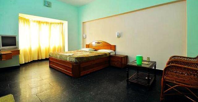 Vista_Rooms_at_Kongu_Residency_(3)