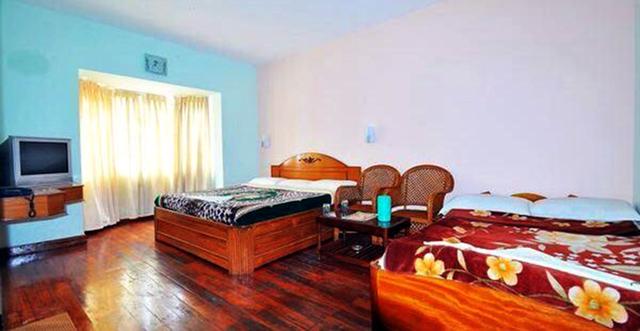 Vista_Rooms_at_Kongu_Residency_(4)