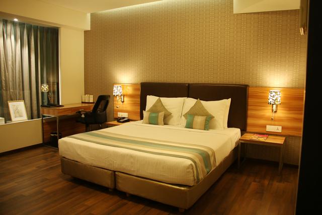 Club_Room_(1)