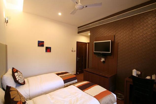 hotel-florence-raipur-49835489537g