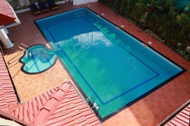 Pool_Aerial_view