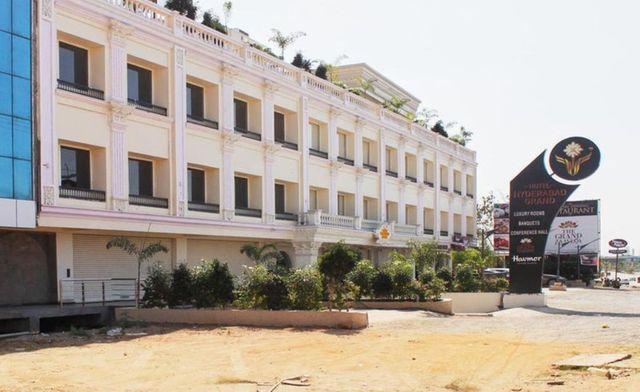 Hotel Hyderabad Grand Shamshabad