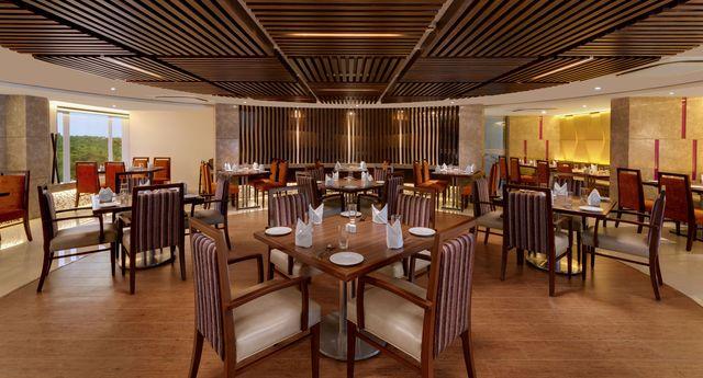 7._Afonso_Restaurant_1_