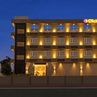 Click_Hotel_Bhuj_-_Facade_Night