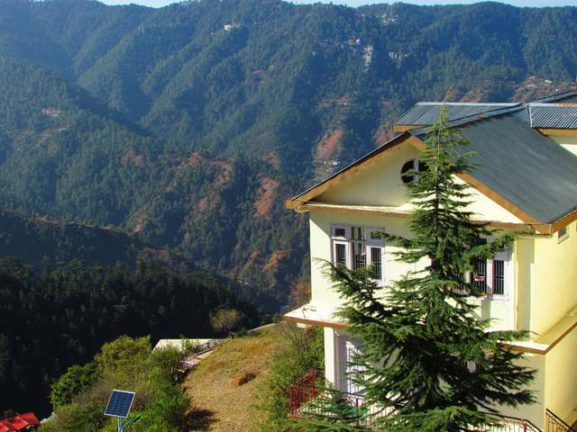view_of_the_homestay_building_1