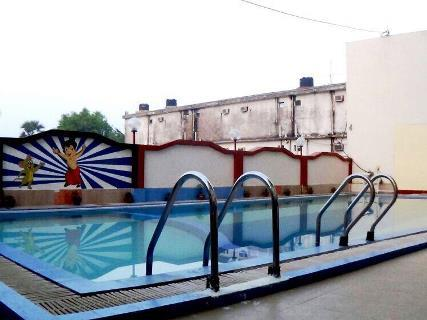 Hotel sun n sand mandarmoni room rates reviews deals for Agus hotel swimming pool rates