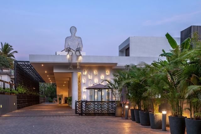 GOAZC_P002_Hotel_Exterior