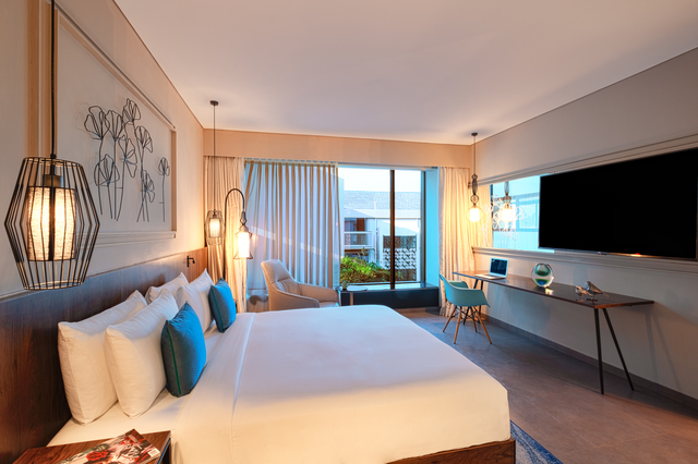 Hyatt-Centric-Candolim-Goa-Suite-2
