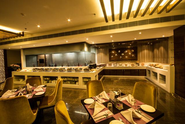 Limelight_Multi_Cuisine_Buffet_Restaurant_(2)