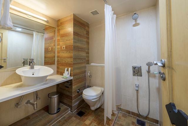 34_Oak_Bathroom_2