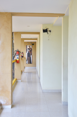 Corridor_(1)