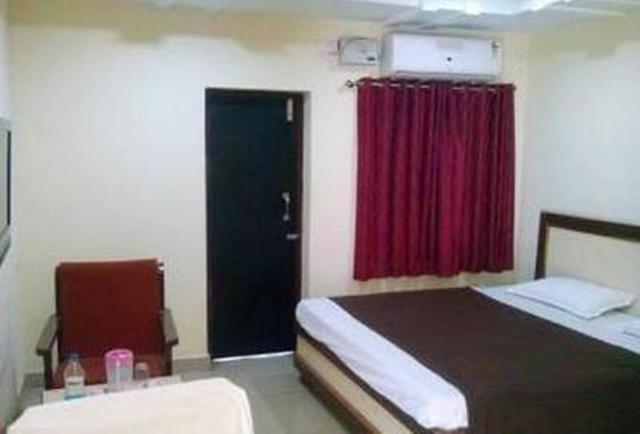 sharanya-hotel-warangal-ac-room-70725227170g