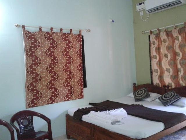 Standard_Room_2