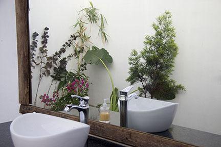 bathroom5-4x6