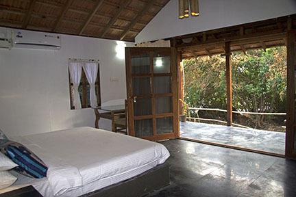 bedroom-view-4x6