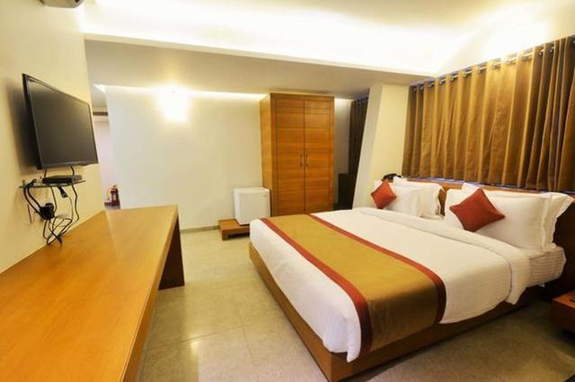 7-wonders-hotel-gandhinagar-7-wonders-hotel-gandhinagar-68913164369g_1
