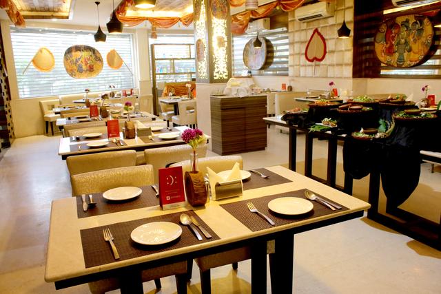 Reflexion_Restaurant_(2)