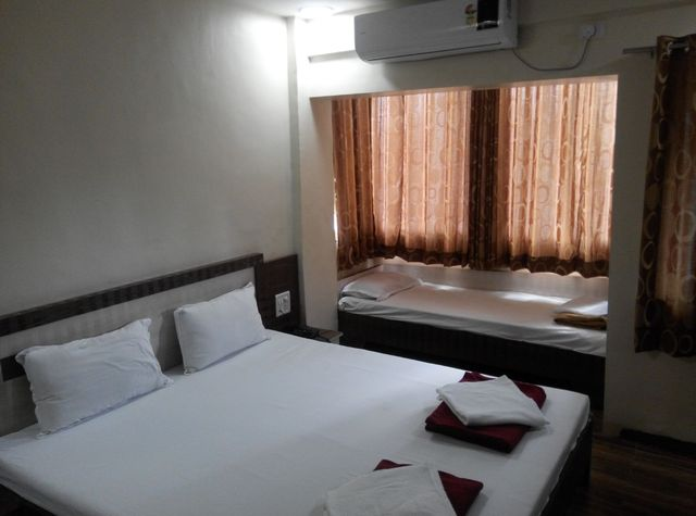 Mukesh Residency Pune Room Rates Reviews Amp Deals
