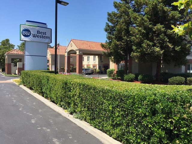 Best Western Brentwood Inn, Brentwood. Use Coupon Code HOTELS & Get ...