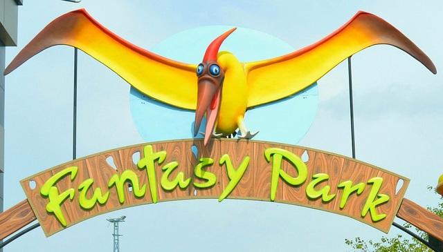 Fantasy_Park_1