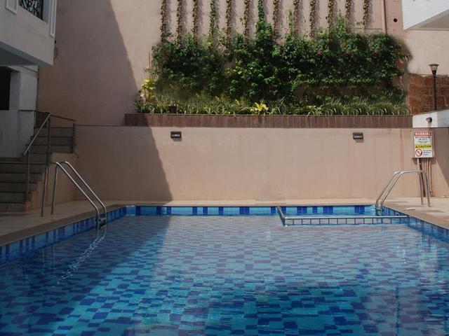 La_vida_swim