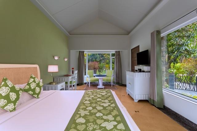 FINAL_green_room_angle1