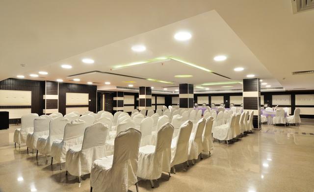 Banquet_Hall_(2)