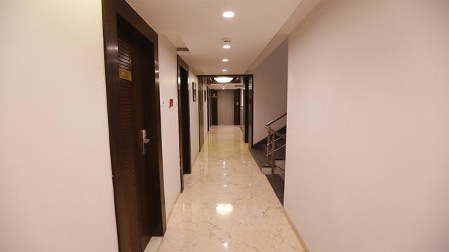 Floor_Corridor