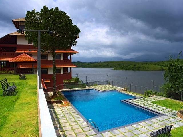 Vistara resort wayanad room rates reviews deals for Agus hotel swimming pool rates