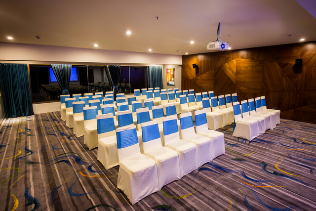 OCEAN-CONFERENCE_HALL