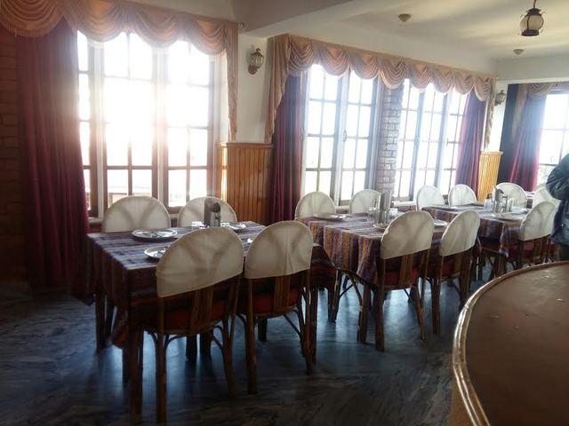 Resturant_at_Nirvana_Residency_Pelling_3