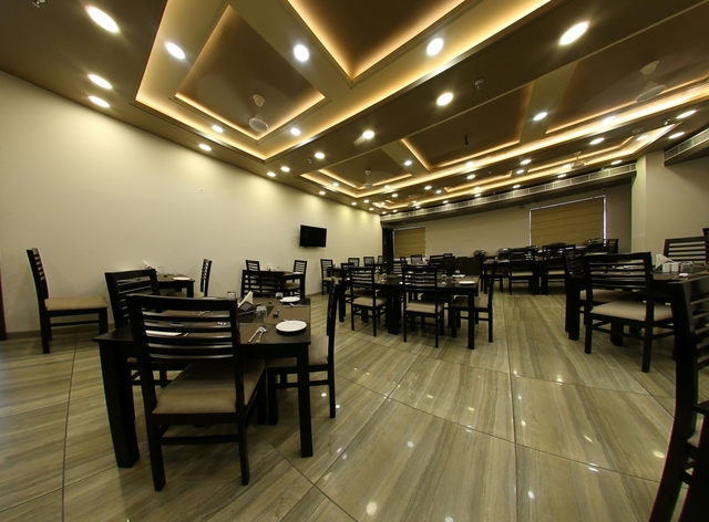 Saffron__Multicuisine_Restaurant