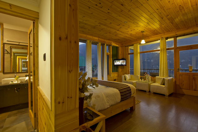 luxury_room_valley_view_(3)