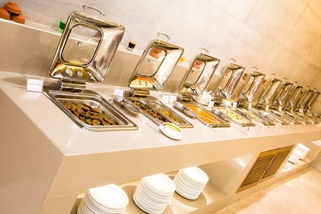 Restaurant_HDR