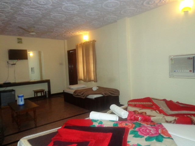 hotel-goyal-jaipur-family-room-92687825818-jpeg-fs