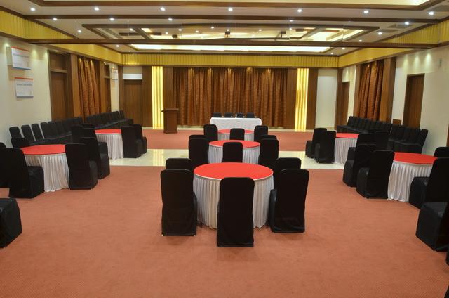 Banquet_hall_(1)