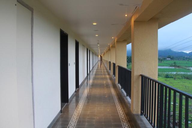 Floor_Passage