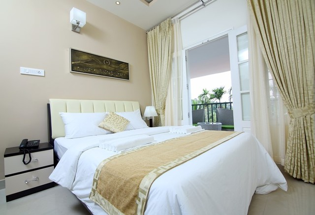 Two_bedroom_with_balcony__(1)