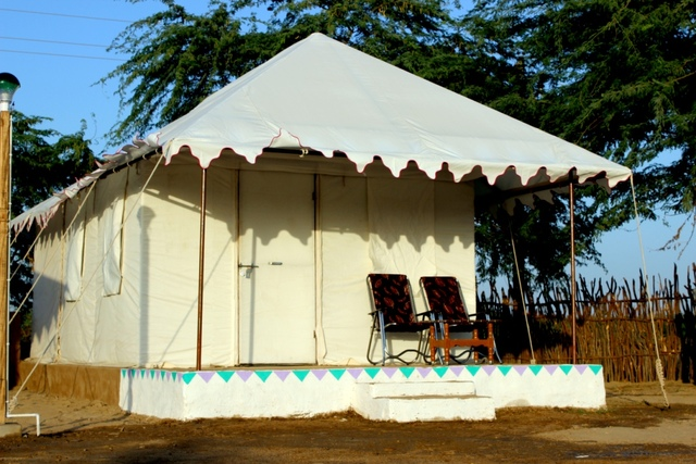 01_Tent_View