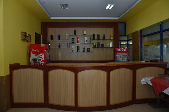 Bar_(2)
